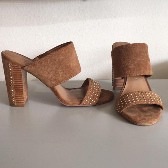 c72e24625289 Arturo Chiang Shoes - Arturo Chiang gold studded heels size 6.5